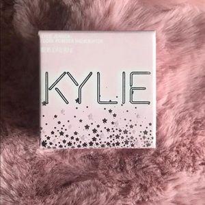 Kylie Cosmetics Queen Highlighter